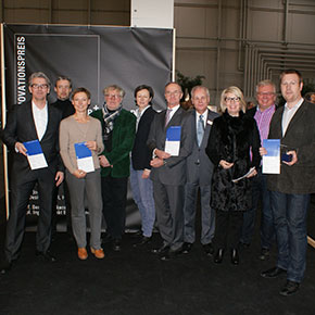 Picture 2: Members of the jury and award winners of the innovation award ©AIT