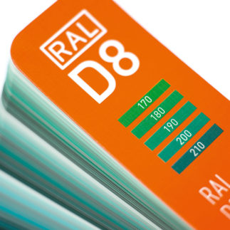 RAL D8 - Close up cover